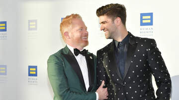 Sisanie - Congrats! Jesse Tyler Ferguson And Justin Mikita Are Expecting First Child