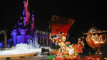 Ellen K - Disneyland Resort Will Debut New Parade 'Magic Happens' In February!