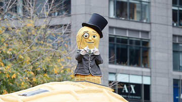 Ellen K - Watch Mr. Peanut Drop To His Death In New Super Bowl Commercial