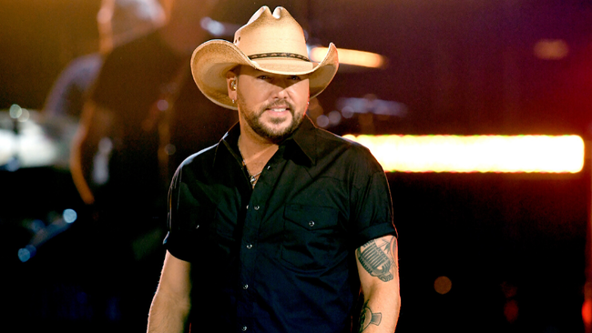Jason Aldean Shares How He Balances His Career And Family Life