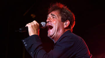 Scott Rusk - Huey Lewis Admits to Thinking About Suicide