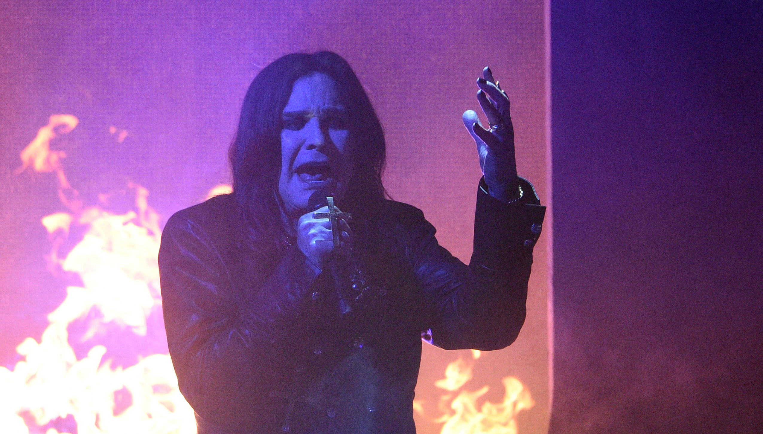 Experts Detail How Parkinson's Could Affect Ozzy Osbourne's Singing | Majic 105.7