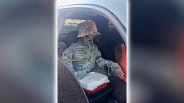 Weird News - Arizona Man Tries Using Dressed Up Fake Skeleton to Drive in HOV Lane