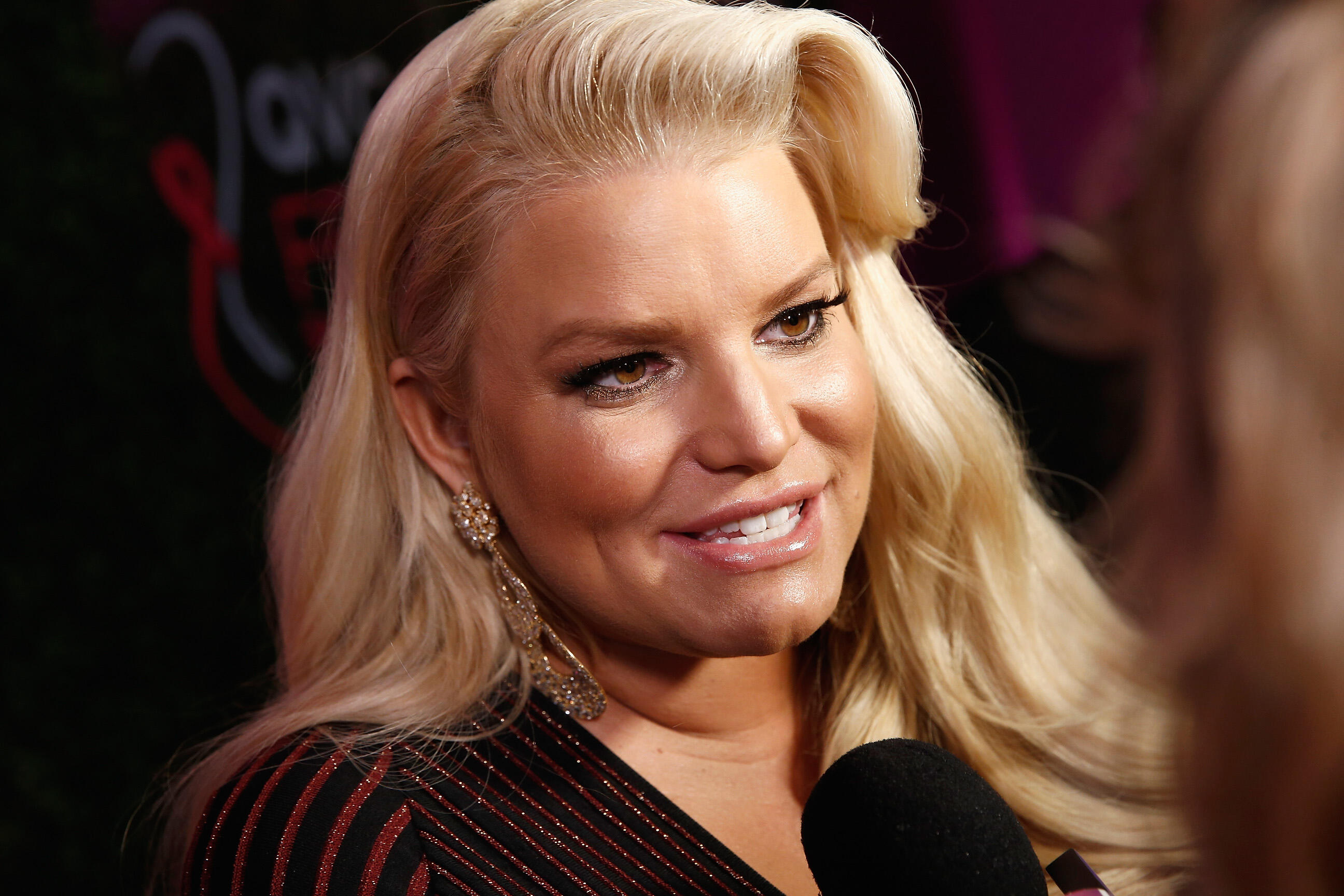 Jessica Simpson Says She Was Pressured Into Taking Diet Pills For 20 Years
