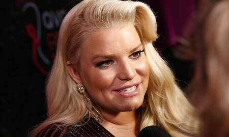 Entertainment News - Jessica Simpson Says She Was Pressured Into Taking Diet Pills For 20 Years