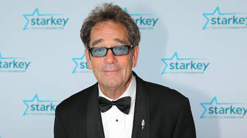 iHeartRadio Music News - Huey Lewis Unable To Sing, Perform Due To 'Debilitating Hearing Loss'