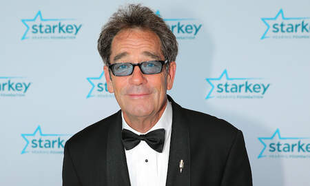 Rock News - Huey Lewis Unable To Sing, Perform Due To 'Debilitating Hearing Loss'