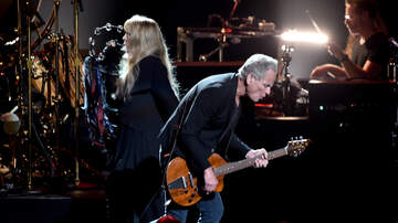 iHeartRadio Music News - Fleetwood Mac Says Breakup With Lindsey Buckingham Is Final