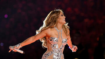 image for 9 tricks Jennifer Lopez uses to look and feel half her age!