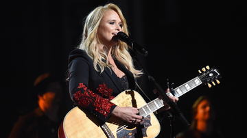 image for Miranda Lambert Invites Her Hometown High School Choir On Stage During Show