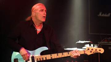 image for Billy Sheehan Clarifies That Van Halen Never Made Him An Official Offer