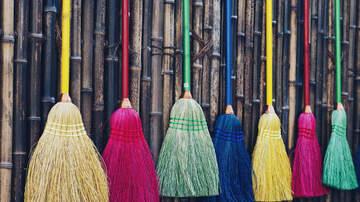 image for Internet goes crazy over #BroomChallenge