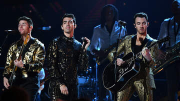 "image for Jonas Brothers to Release Memoir ""Blood"" in October 2020"