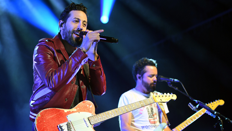 Old Dominion Helps With Fans' Clever Gender Reveal During Show | CMT Radio Live + After MidNite