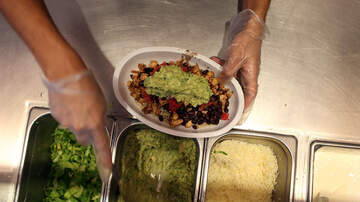 image for Here's How To Get FREE Guac At Chipotle For The Rest of the Year