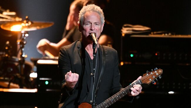 Lindsey Buckingham Announces First Solo Tour Since Heart Attack
