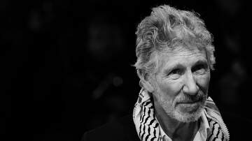 image for WATCH: Roger Waters Breaks Instagram With Guitar Lesson