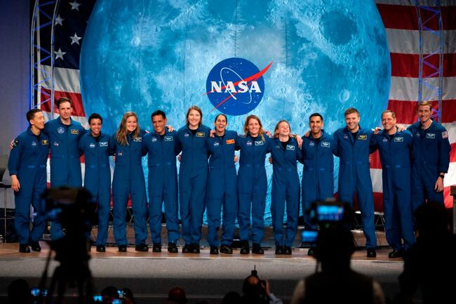 US-space-NASA-GRADUATION