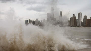 image for High Waves on Lake Michigan Causing Flooding Concerns