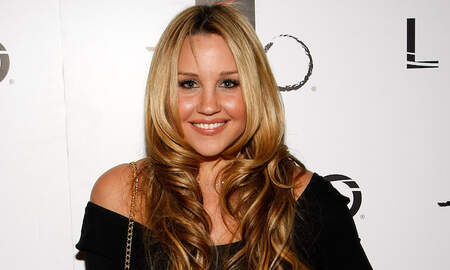 image for Amanda Bynes Shares First Selfie With Fiance After Engagement Announcement