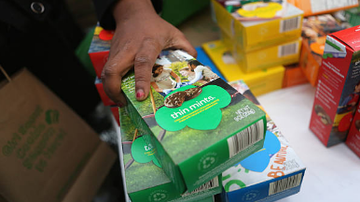 image for Girl Scouts set up cookie booth outside Illinois cannabis dispensary