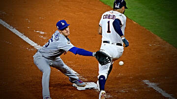 image for Carlos Correa Tells Cody Bellinger to 'Shut the F*ck Up' After Astros Rant