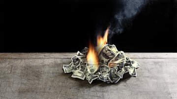 image for Visa's Fool of the Night: Dude burns $1Million bucks to avoid Child Support