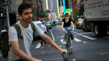 image for NYC To Build 10 Additional Miles of Bike Lanes in Manhattan
