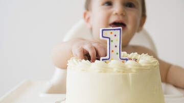 image for Baby Doesn't Need Utensils to Eat Cake