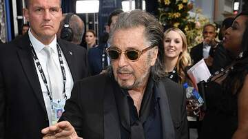 image for La ex de Al Pacino le llamó viejo, aburrido y tacaño