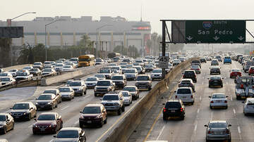 image for Study Finds Angelenos Still Prefer Their Own Car to Public Transportation