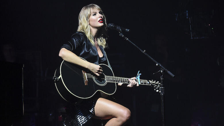 Taylor Swift Delivers Acoustic Performance Of 'The Man' Live From Paris | Z100