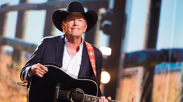 image for George Strait Announces Notre Dame Stadium Show