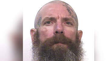 image for Prisoner Confesses To Killing Two Child Molesters In Letter To Newspaper