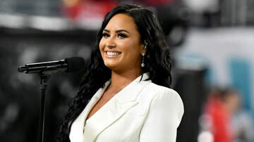 image for Demi Lovato Brings Back #NoMakeupMonday with Gorgeous Makeup-Free Selfie