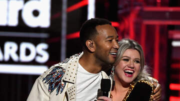 image for Chicagoan Sings On 'The Voice' And Stuns The Crowd
