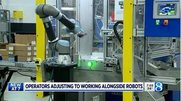 image for Operators adjust to 'cobots,' new robot co-workers