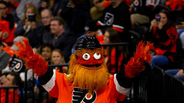 image for Gritty Weighs in On the Phillie Phanatic's New Look