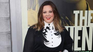 image for Melissa McCarthy's Lesson To Her Daughters: 'Just Be Yourself'
