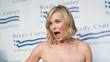 image for Chelsea Handler Skiing with No Pants