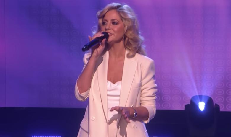 "Viral ""Shallow"" Subway Singer Slays Lady Gaga's Song on 'Ellen' | Z100"