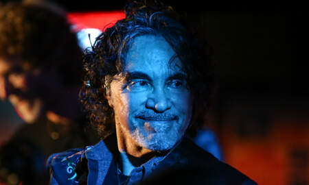 image for John Oates Shares Recovery Photo After Emergency Surgery