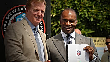 image for NFLPA Executive Director is Confident Players Will Approve 17-Game CBA Deal