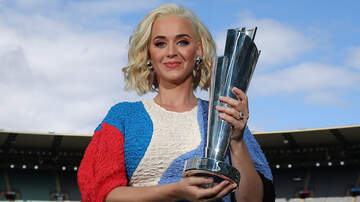 image for Katy Perry Flaunts Baby Bump At Melbourne Cricket Ground: See The Photos
