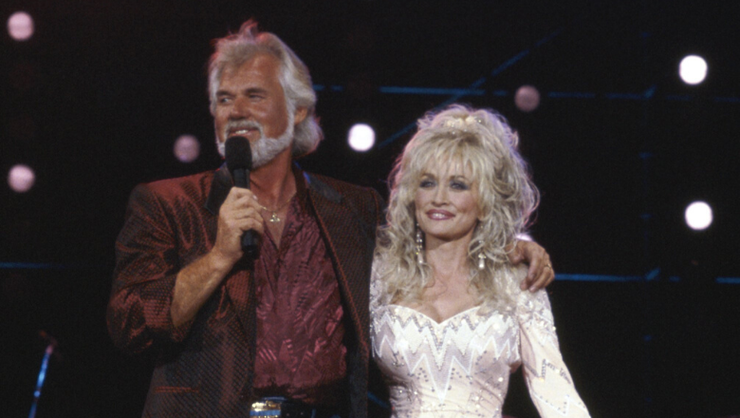 Everyone Wants To Watch Kenny Rogers' Classic Duet With Dolly Parton
