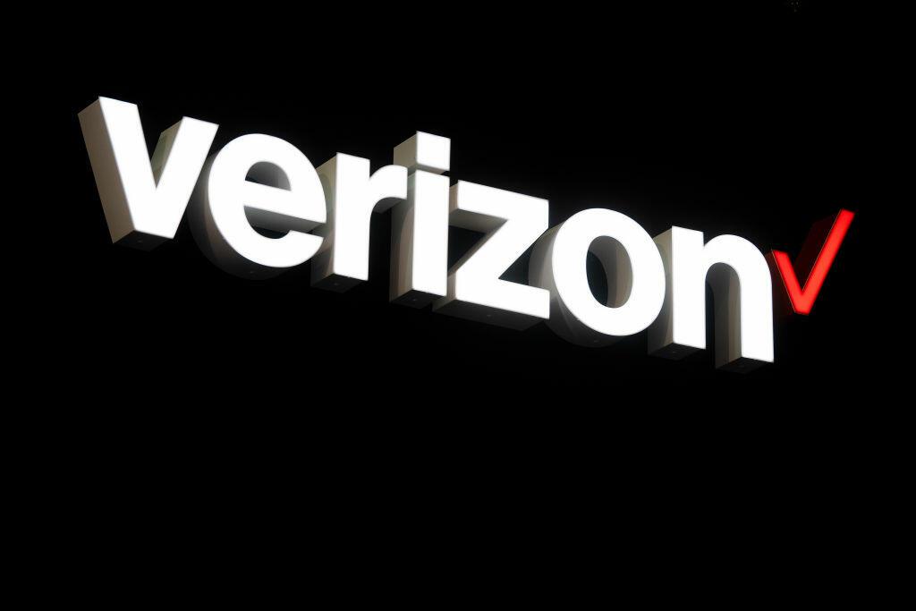 Verizon is giving 15GB of extra data to customers amid coronavirus crisis