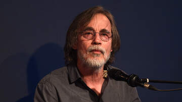 image for Jackson Browne Confirms He Has Tested Positive For Coronavirus