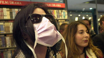 image for Michael Jackson 'Predicted Coronavirus & That's Why He Wore a Facemask'