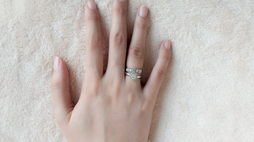 image for Newlywed Woman Shows Off Wedding Ring But All Anyone Can See Is Her Finger