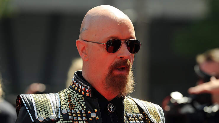 JUDAS PRIEST's ROB HALFORD Picks RONNIE JAMES DIO As His 'Rock God